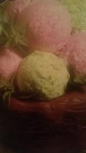 cestino dolce di cioccolato con gelato